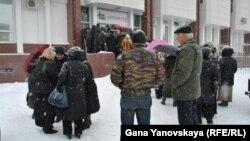 Генпрокурор Южной Осетии через республиканские СМИ потребовал от граждан вернуть деньги, незаконно полученные кредитами с так называемого Спецсчета