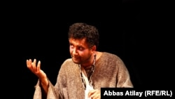 Azerbaijan – Aesop at a Baku theatre, May2011