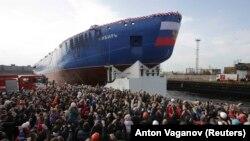 """Lansarea spărgătorului de gheață nuclear """"Siberia"""" la Sankt Petersburg, septembrie 2017"""