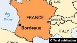 Город Бордо на карте Франции.
