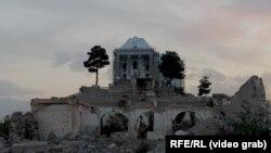Резиденция афганского лидера Хафизуллы Амина. Советское руководство посчитало его «ненадежным» партнером и приняло решение о его ликвидации.