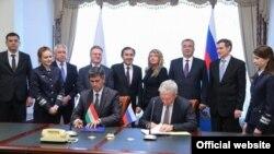 По итогам переговоров в Москве все введенные ранее ограничения на воздушное сообщение между РФ и Таджикистаном были сняты