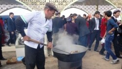 Nowruz baýramy mynasybetli welaýatlardan 800 çemesi adam Aşgabada bardy