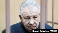 Former Khabarovsk Governor Viktor Ishayev attends a court hearing in Moscow on March 28.