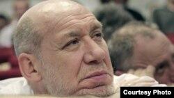 """Георгий Сатаров: """"Путин может предложить Медведеву конкурировать еще и с кем-нибудь из своих друзей"""""""