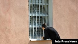 Грузинские правозащитники все чаще стали обвинять МВД в неадекватном реагировании на факты превышения полномочий со стороны полицейских. Но, видимо, тревогу правозащитников в вежомстве пока не разделяют