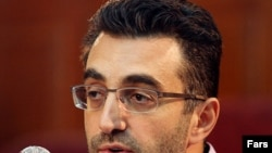 """Newsweek"" correspondent Maziar Bahari was detained and held for four months in Iran last year."