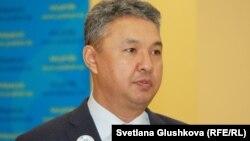 Азат Перуашев, председатель партии «Ак жол». Астана, 18 февраля 2015 года.
