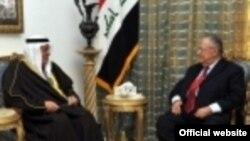 الرئيس طالباني يستقبل سفير الكويت علي المؤمن