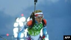 Чешка Ґабріела Соукалова (на фото) вже приймала вітання з перемогою на чемпіонаті світу, коли росіянка Катерина Юрлова спромоглася поліпшити її результат