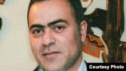 Rövşən Naziroğlu