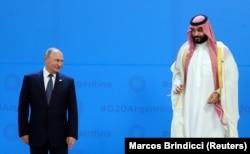 Президент Росії Володимир Путін (ліворуч) і наслідний принц Саудівської Аравії Мухаммед ібн Салман Аль Сауд під час саміту «Групи двадцяти». Аргентина, Буенос-Айресі, 30 листопада 2018 року