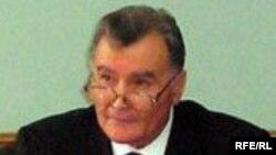 Таджикистан в Санкт-Петербурге представляет премьер-министр республики Акил Акилов.