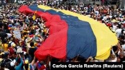 La unul din proteste opoziției la Caracas, martie 2019
