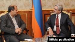 Armenia - President Serzh Sarkisian (R) meets with Iran's Interior Minister Mostafa Mohammad-Najjar in Yerevan, 9Jul2012.