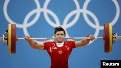 Ռուսաստանցի ծանրորդուհի Սվետլանա Ցարուկաևեան Լոնդոնի Օլիմպիական խաղերում, օգոստոս, 2012թ․