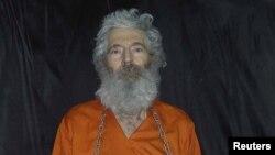 تصویری از رابرت لوینسون که در چهارمین سال ناپدید شدن او منتشر شد.