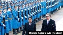 Kryeministri i Japonisë, Shinzo Abe, dhe presidenti i Serbisë, Aleksandar Vuçiq. Beograd, 15 janar, 2018.
