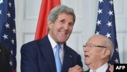 وزير الخارجية الاميركي والرئيس التونسي في واشنطن، 20 آيار 2015