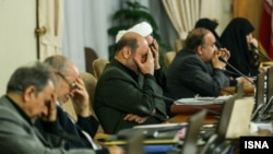 Iranian cabinet ministers during the November 3 session