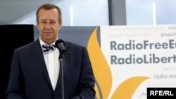 Estonian President Toomas Hendrik Ilves speaks at the opening ceremony for RFE/RL's new broadcast center in Prague.