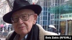 I Primo Levi i ja imamo brojeve na ruci, obojica smo bili u Auschwitzu i obojici su slomili srca: Lustig