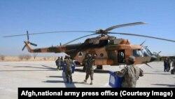 نیروهای امنیتی افغانستان در حال انتقال دادن مواد حساس انتخاباتی