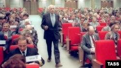 Академик Андрей Сахаров на съезде народных депутатов СССР. 1989 год.