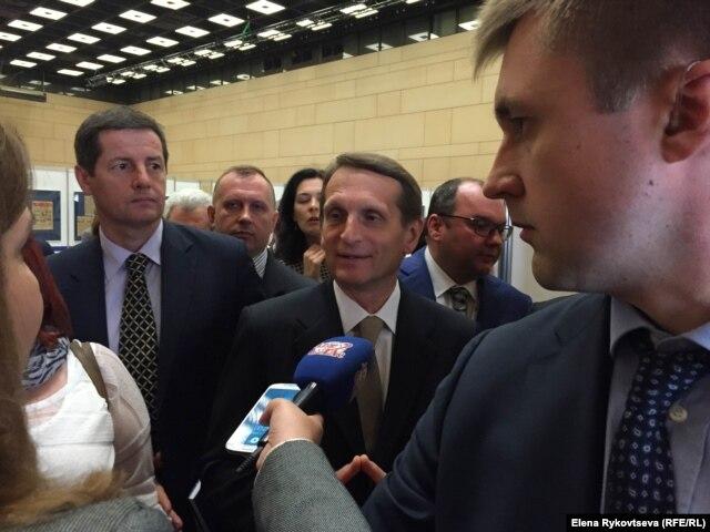 Сергей Нарышкин в кулуарах конгресса