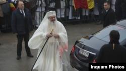 Patriarhul Daniel, în timpul unei vizite la Catedrala Mânturii Neamului din 2018.