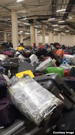 Багаж в аэропорту Шереметьево, 6 июня 2019 года