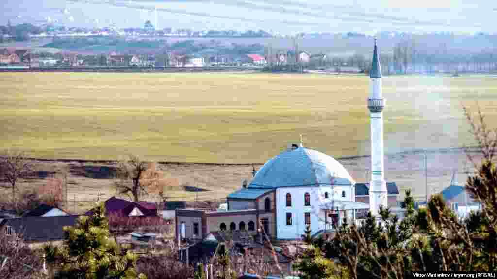 Вигляд на мечеть Терек Елі зверху