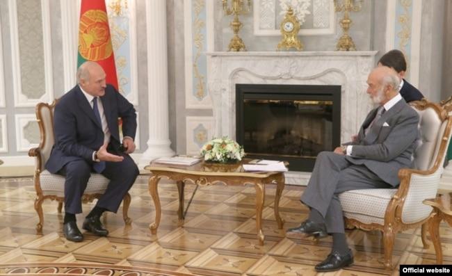 Не только Путин. Майклу Кентскому доводилось общаться и с другим постсоветским правителем с не лучшей репутацией – Александром Лукашенко. Минск, 2016 год