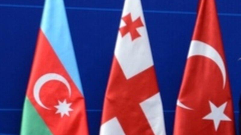 Բաթումիում հանդիպում են Թուրքիայի, Վրաստանի և Ադրբեջանի պաշտպանության նախարարները