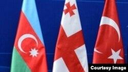 Վրաստանի, Ադրբեջանի և Թուրքիայի դրոշները, արխիվ