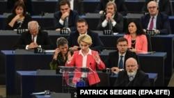 Глава Європейської комісії Урсула фон дер Ляєн звертається до Європейського парламенту 27 листопада 2019 року, Страсбург, Франція