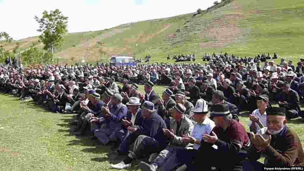 Все погибшие под Карагандой уроженцы села Чарбак в Базар-Курганском районе