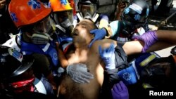 ونزوئلا مدتی طولانیست که دستخوش بحرانهای سیاسی و اقتصادی شدهاست