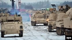 Польшаға келген АҚШ әскери техникасы. 10 қаңтар 2017 жыл.