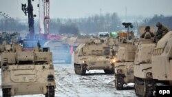 Бронетанковая техника США на территории Польши, январь 2017