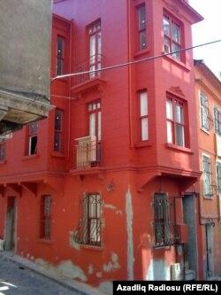 Məsumiyyət muzeyinin yerləşəcəyi binada işlər yeni başlanmışdı, İstanbul, 2010