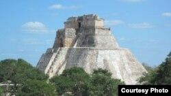 Пирамида в Ушмале - одном из самых известных городов-государств майя