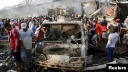На місці вибуху на ринку в Багдаді, 13 серпня 2015 року