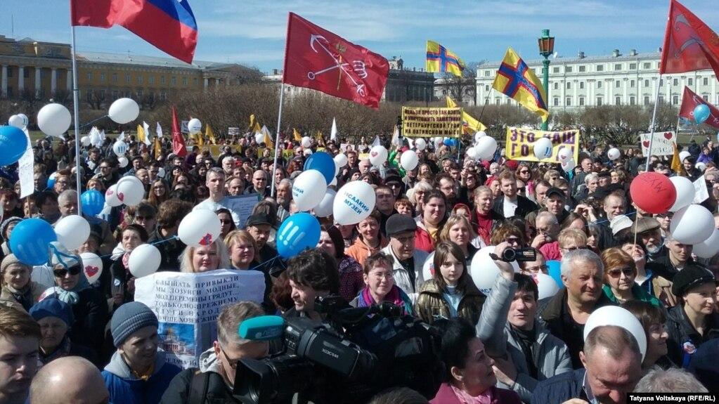 Милонов о гей митинге на марсовом