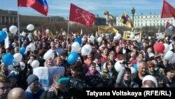 Демонстрация в Санкт-Петербурге на Марсовом поле