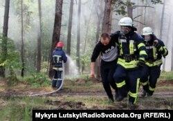 Спасатели Донецкой области тренировались в лесах под Лиманом