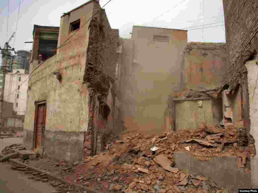 Кашгар шәһәре җимерелә