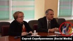 Мэр Братска Сергей Серебренников на встрече с генконсулом Германии Петером Бломайером