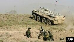 Тәжікстанда өткен ШЫҰ-ның терроризмге қарсы әскери жаттығуы. 9 маусым 2012 жыл. (Көрнекі сурет)