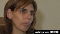 Մհեր Մազմանյանի կինը՝ Քրիստինե Արամյանը: